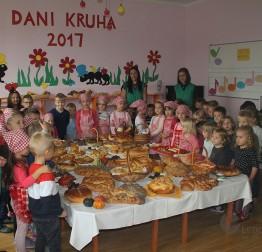 DJEČJI VRTIĆ RUNOLIST Obilježen Dan kruha
