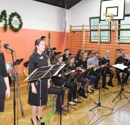 Tamburaški orkestar 'Biseri' obilježio 10 godina postojanja