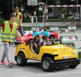 Jumicar u Višnjici, učenici učili kako se što sigurnije ponašati u prometu