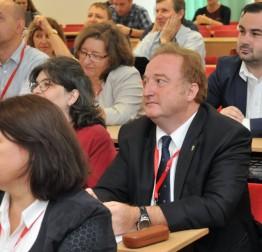 Međunarodna konferencija CECIIS 2018 na Fakultetu organizacije i informatike